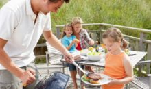 Make time for family dinner: It's good for your body and soul